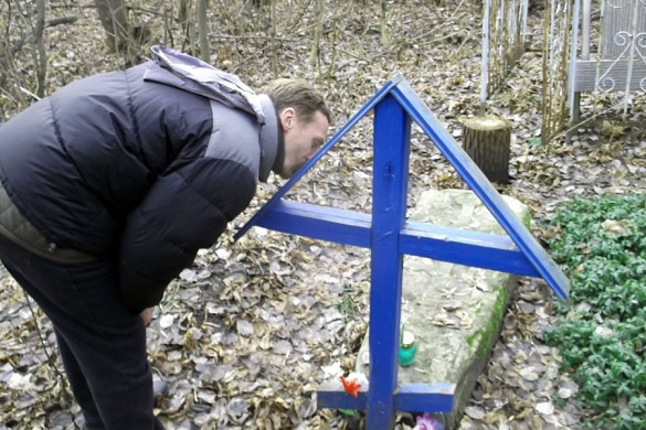 У могилы Романа Блаженного.