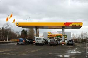 В ноябре 2010 года в Малоархангельске начала работать автозаправочная станция