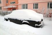 Машина под снегом.