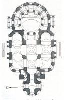 Церковь построена в виде ротонды, а колокольня — в виде четырехгранной пирамиды.