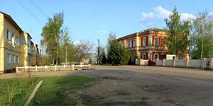 Панорама окрестностей Малоархангельской больницы. Нажмите на изображение, чтобы перейти к осмотру (откроется в новом окне).