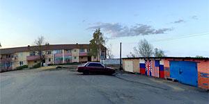 Панорама обычного малоархангельского дворика (бонус: гаражи). Нажмите на изображение, чтобы перейти к осмотру (откроется в новом окне).