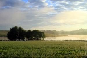7 утра. Солнце встаёт над прудом Новый Беленький.