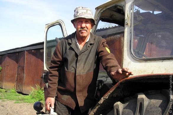 Сергей Александрович Панарин из СПК им. Кирова — веселый и улыбчивый человек.