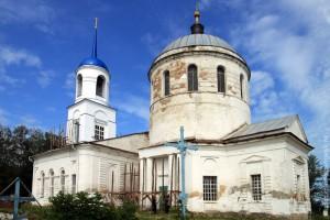 Свято-Покровский храм, с. Архарово. Фото 2011 года.