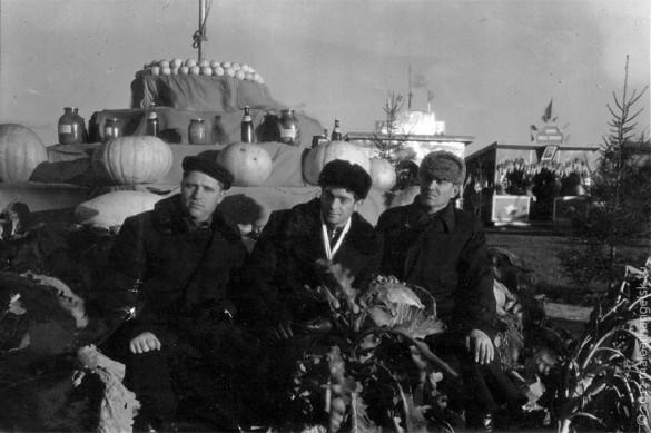Участники ВСХВ в Малоархангельске.
