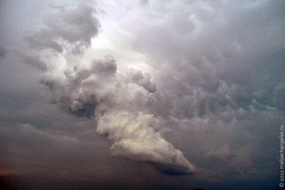 На Малоархангельск надвигается ураган.