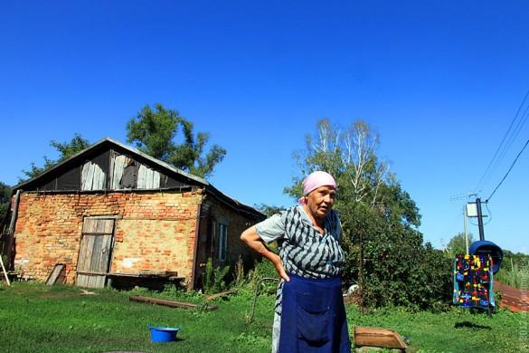 Хозяйка Альбина Алексеевна Кузьминова рада поговорить.