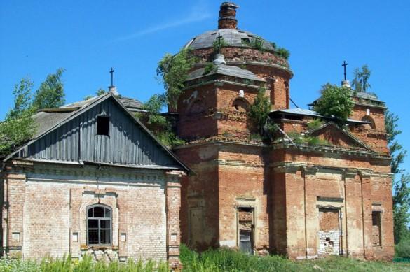 Церковь Алексея, Петра и Ионы в селе Алексеевка (Покровский район).