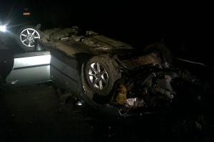 Водитель автомобиля Фольксваген не справился с управлением, допустил опрокидывание автомобиля.