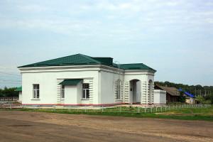 Вокзал и другие здания ст. Малоархангельск.