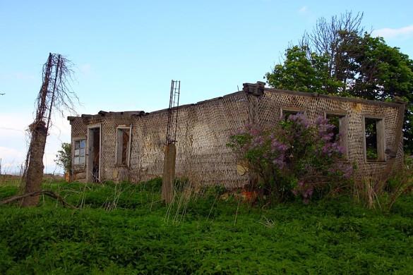 Брошенный дом в Семёновке.