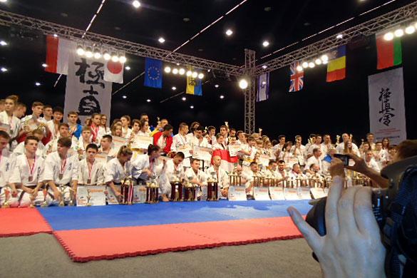Каратист Вячеслав Кузин из Малоархангельска завоевал первое место на кубке Европы