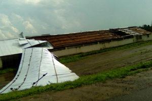 В Дубовике ветер унёс часть крыши.