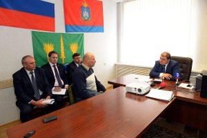 Губернатор Орловской области Вадим Потомский провел прием граждан в Малоархангельском районе.