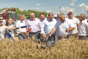 Губернатор Орловской области дал старт Уборочной – 2017 в регионе.