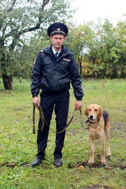 Помощник оперативного дежурного дежурной части ОМВД России по Малоархангельскому району.
